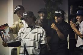 Eazy E Death Bed by 10 Things We Learned From The U0027straight Outta Compton U0027 Movie