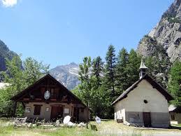 bureau des guides vallouise file hameau de ailefroide pelvoux 02 jpg wikimedia commons