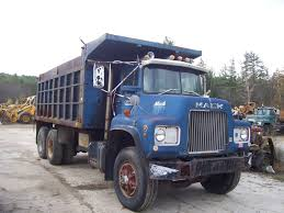 1977 MACK DUMP TRUCK | Machinery | Vineglobal 1949 Mack 75 Vintage Rare Smith Miller B Blue Diamond Hydraulic Dump Truck 2001 Ch613 Dump Truck Item J8675 Sold December 29 Used Rd 688 Certified Low Miles At More 2018 Mack Gu713 Dump Truck For Sale 540871 Rb688s Triple Axle 8114 Tandem Axles 1996 Cl713 For Sale Auction Or Lease Caledonia Ny Trucks Ready To Work Mctrucks 1985 R686st D2496 July 16 Con 1989 R690t Online Government Auctions Of