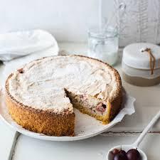 stachelbeer baiser kuchen mit mandeln