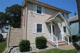 100 Houses For Sale Merrick 4 Bed2 Bath Home In For 489000