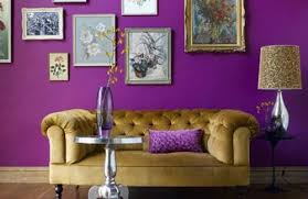 stilvolles lila wohnzimmer interieur interessante farbschemas