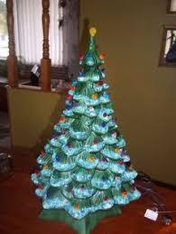 Vintage Atlantic Mold Ceramic Christmas Tree by Vintage Holland Mold Ceramic Christmas Tree 16