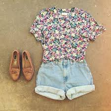 Zelihas Blog Floral Top With Denim Shorts Cute Summer Outfits