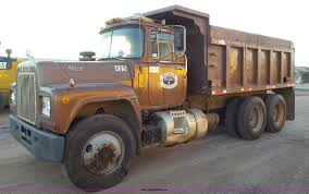 1981 Mack R686ST Dump Truck | Item H1651 | SOLD! September 2...
