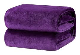 bequeme decke flauschige decke weiche warme decke im wohnzimmer 150 x 200 cm große flanell fleecedecke knitterfrei lichtbeständig als