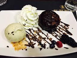 le bureau bourges moelleux chocolat tiède avec sa boule vanille picture of au bureau