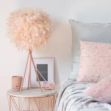 le aus metall lenschirm aus rosa federn maisons du monde