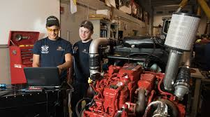 Indian Hills Community College | Diesel Technology Water Cat Course 777 Dump Truck Traing Plumbing Boilmaker Diesel Arlington Auto Truck Repair Dans And Diesel Mechanic Traing At Western Technical College Technology Program Franklin Center School Bus Dt 466 Engine In Frame Rebuild Shane Reckling Journeyman Bellevue Automotive Centre Mfi Polytechnic Institute Inc Customized Skills North Lawndale Employment Network How Long Is Technician What Can I Expect Advanced