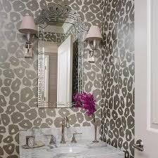 Pink Cheetah Print Bathroom Set by Best 25 Leopard Print Wallpaper Ideas On Pinterest Leopard