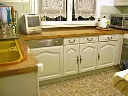 repeindre cuisine chene peinture meuble cuisine chene conseils pour repeindre cuisine en