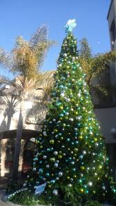 Crab Pot Christmas Trees by The 25 Best Beach Christmas Trees Ideas On Pinterest Tropical