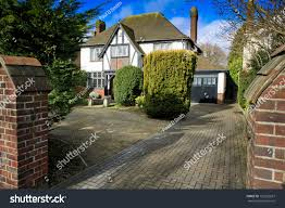 Mock Tudor House Photo by Mock Tudor House Drive Swindon Uk Stock Photo 129220637