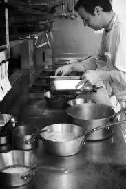 equipe de cuisine l équipe de cuisine aux fourneaux picture of le belouga perros