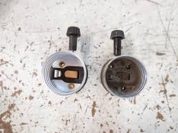 Porcelain Lamp Sockets Replacement by Lamp Parts And Repair Lamp Doctor 3 Way Sockets Vs 3 Terminal