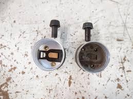 Leviton Keyless Lamp Holder by Lamp Parts And Repair Lamp Doctor 3 Way Sockets Vs 3 Terminal