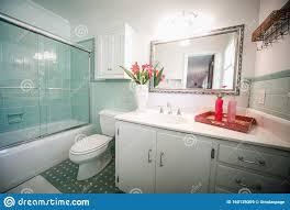 altmodisches badezimmer fotos kostenlose und royalty free