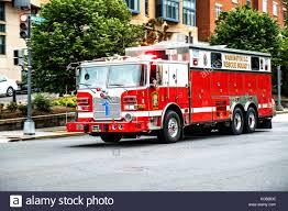 100 Emergency Truck Fire Truck Stock Photo 164978282 Alamy