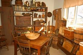 Unique And Antique Primitive Dining Rooms People Still Miss