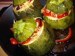 cuisiner courgette ronde recette de courgettes rondes farcies chair à saucisse