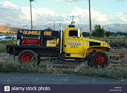 Bee Truck Stock Photos & Bee Truck Stock Images - Alamy Arnia Hive Monitors On Twitter Apimondia2017 Tech Tour Bee Lorry Bee Busters Truck Moving Bees Is Not Easy Slide Ridge Notes Video Driver Cited In Truck Crash 6abccom Brown Cat Bakery Transport Meet The Biobee Youtube Why Are So Many Trucks Tipping Over The Awl 14 Million Spilled I5 Everybodys Been Stung Honeybees Travel 1000 Miles To Pollinate Nations Crops Bbj Today 2018 Hino 817 4x4 Flat Deck