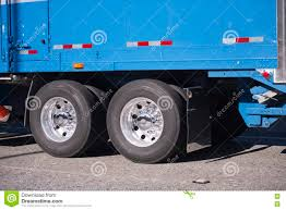 100 Weight Of A Semi Truck Blue Trailer With Xles Nd Wheels Stock Image Image Of