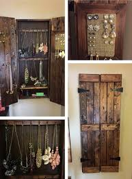 Wooden Pallet Jewelry Cabinet By Katheryn