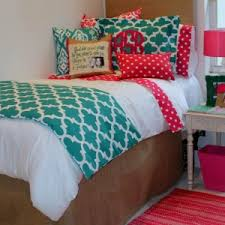 Lilly Pulitzer Bedding Dorm by Decor U0026 Tips Chic Bedding And Bunk Bed With Window Treatment Also