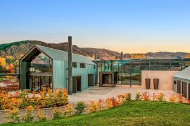 100 Crosson Clarke Carnachan Architects The Lodge At The Hills Luxury Accommodation Queenstown NZ