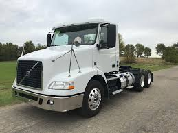 100 Day Cab Trucks For Sale 2016 VOLVO VNM64T200 DAYCAB FOR SALE 460