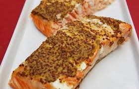cuisiner pavé saumon pavé de saumon express recette dukan pp par fanouboy recettes et