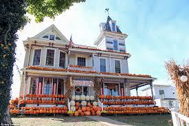 Kenova Pumpkin House 2017 by The Most Creative Halloween Decorations Across America Daily