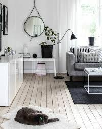 salon avec canapé gris un salon en gris et blanc c est chic voilà 82 photos qui en témoignent