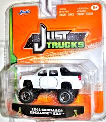 100 Just Trucks Jada 2014 JUST TRUCKS 2002 Cadillac Escalade EXT Wave 4 White 164