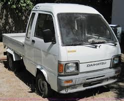 1992 Daihatsu HiJet Mini Truck | Item 4595 | SOLD! September...