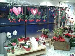 vitrine fete des meres fleuriste la st valentin approche trouver des fleurs à l isle d abeau
