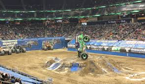MomBlogSociety (@momblogsociety)   Twitter Dayton Oh Monster Jam The Hot List Of Events For The Coming Weekend Pittsburgh Post Louisville Ky Doomsday Flip Youtube Pladelphia Rock Roll Marathon App Truck Trucks At Pa Motor Speedway 2015 Show In Ppl March Th Youtube Stger Donut Competion Marvels Punisher Gets A Explorevenangocom 2016 Last Chance Save Up To 50 Off Royal Farms Arena