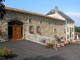 chambre d hote st flour chambres d hôtes ferme du ruisselet suite familiale et chambres
