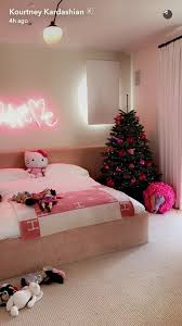 Kourtney Kardashians Daughter Has The Cutest Pink Christmas Decorations In Her Room