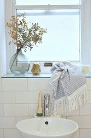 20 ideas for bathroom window sills inspirations cluedecor