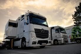 100 Truck Step Up OB 4 HD VTM Group