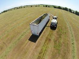 100 Silage Trucks Video Artic Trucks Called In To Help With 35km Silage Draw