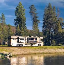 Luxury RV From Camping World Why Newmar