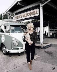 Yes Flower Truck Nashville Girls Actually Do Love S Denim On Advice From A Twenty Something