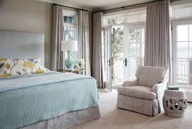 gardinen für balkontür lassen den raum einheitlich