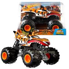 100 Shark Wreak Monster Truck Hot Wheels Year 2018 Jam 124 Scale Die Cast Metal Body