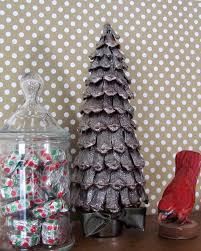 Pine Cone Christmas Tree Ornaments Crafts by 106 Best Pinecone Images On Pinterest Brown Christmas Crafts