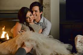 Pretty Little Liars 2014 Special by Pretty Little Liars Season 5 Christmas Special Are Aria And Ezra