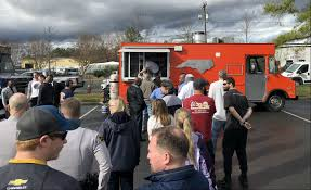 100 Raleigh Food Truck Hundreds Attend Fundraiser To Support Officer Ainsworth And Trooper