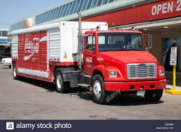 Coke Truck Stock Photos & Coke Truck Stock Images - Alamy Coca Cola Delivery Truck Stock Photos Cacola Happiness Around The World Where Will You Can Now Spend Night In Christmas Truck Metro Vintage Toy Coca Soda Pop Big Mack Coke Old Argtina Toy Hot News Hybrid Electric Trucks Spy Shots Auto Photo Maybe If It Was A Diet Local Greensborocom 1991 1950 164 Scale Yellow Ford F1 Tractor Trailer Die Lego Ideas Product Ideas Cola Editorial Photo Image Of Black People Road 9106486 Teamsters Pladelphia Distributor Agree To New 5year Amazoncom Semi Vehicle 132 Scale 1947 Store